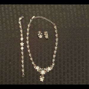 Jewelry - Rhinestone and silver tone jewelry set